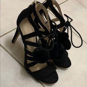 Eva Mendes cute black heels